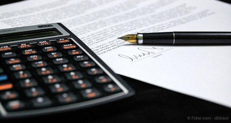 Cómo determinar el anticipo por derechos de autor de una obra