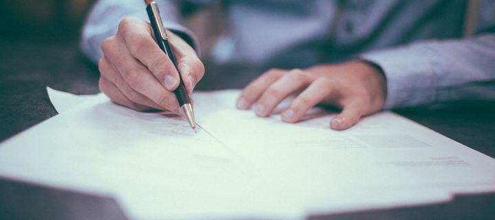 Contratos de edición de publicaciones