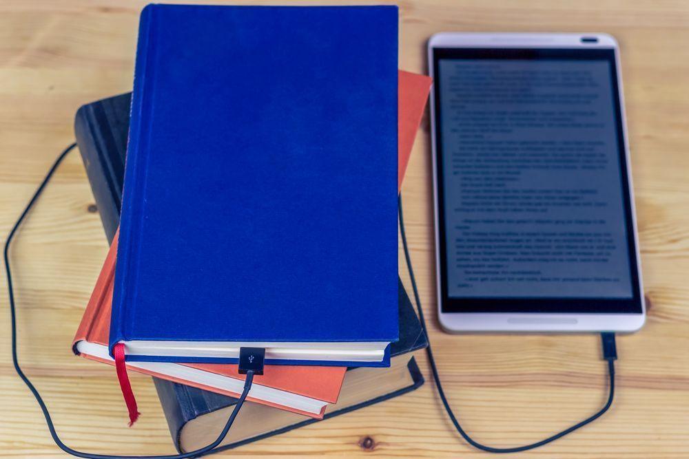 Ebook y libros impresos conectados
